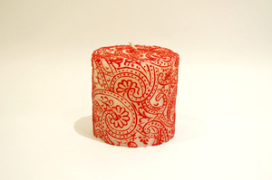 BeeMyCandle Paisley Piller/Red