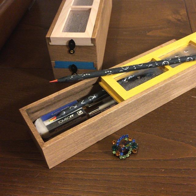 【 デザイン雑貨 Rain Window Pencil Box 】