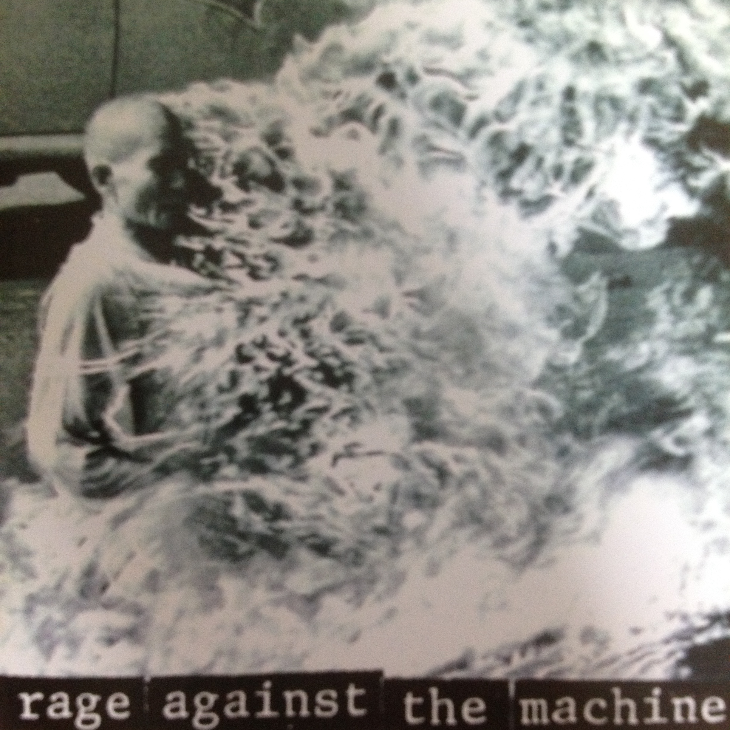 THE RAGE AGAINST THE MACHINE 「KILLING IN THE NAME」