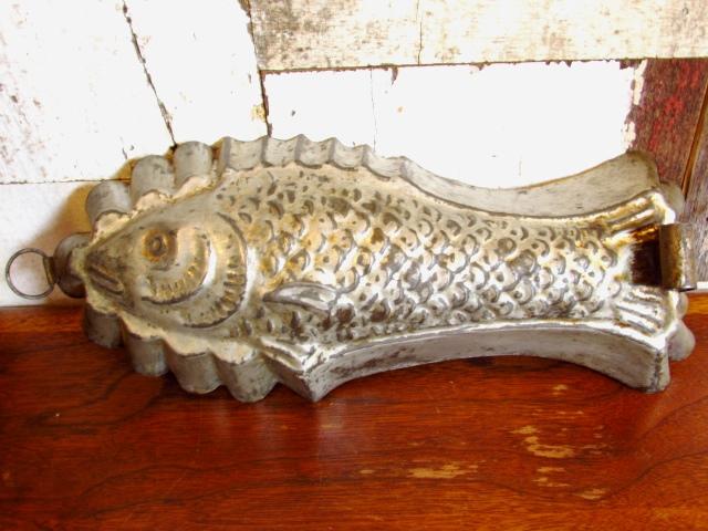 アンティーク・お魚の形の モールド 焼き型(1910年)