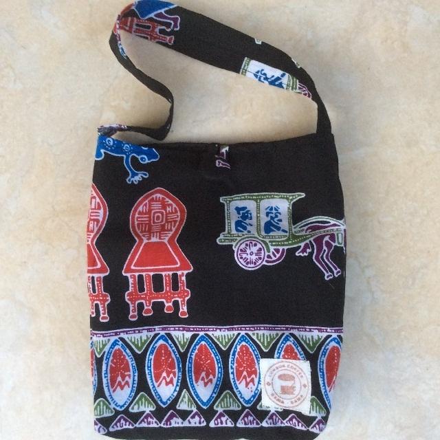 めずらしいロンボク柄のバティックでミニトートバッグをつくりました
