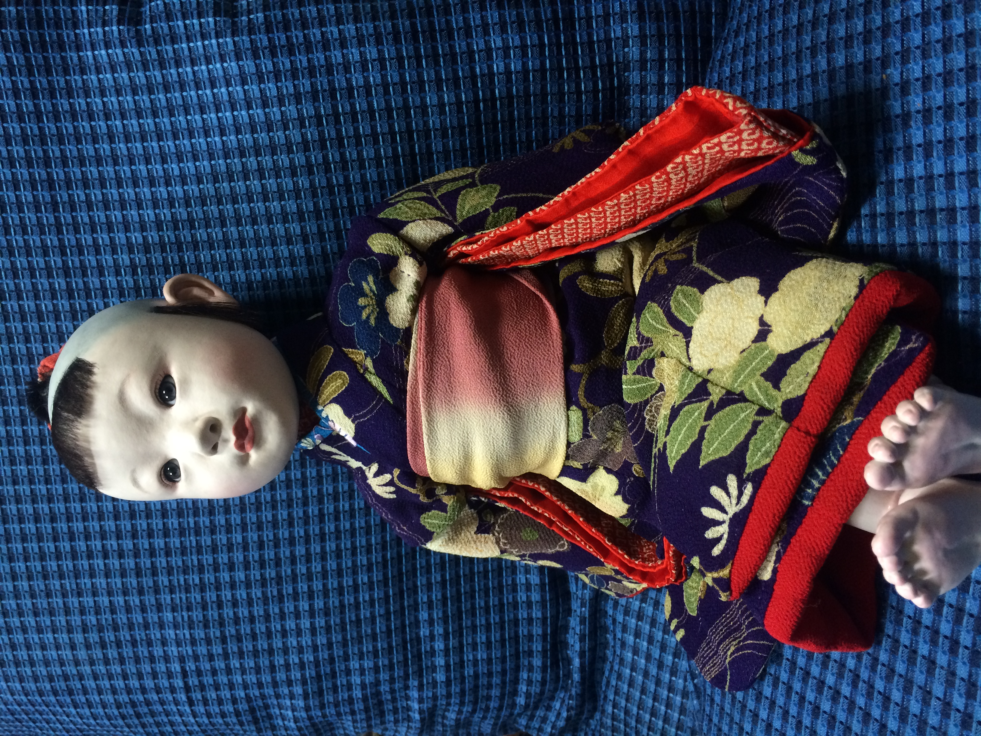 新作の文化人形をアップしました。