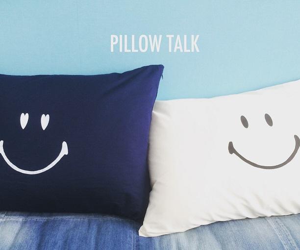 YES/NO枕