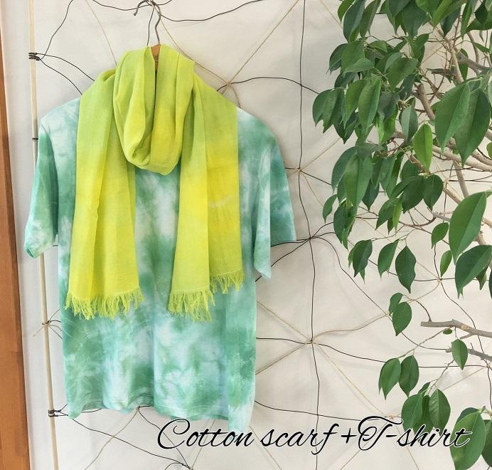 大胆な柄と優しい色合いに染められたオーガニックコットンのスカーフです!
