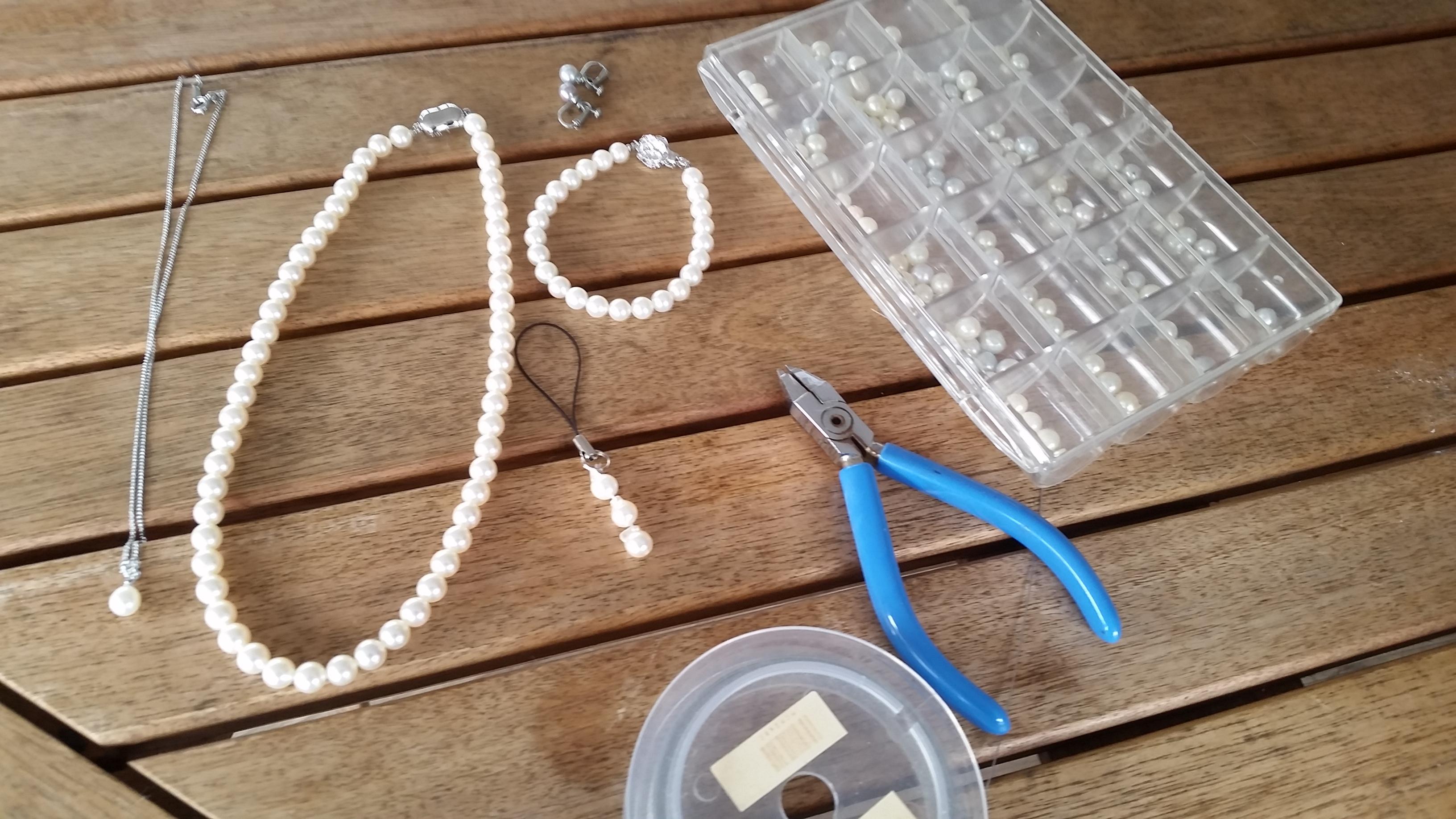 ワクワク・ドキドキ 真珠のアクセサリー作り体験好評!