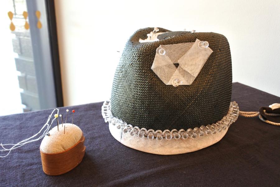 王国帽子店の帽子づくり