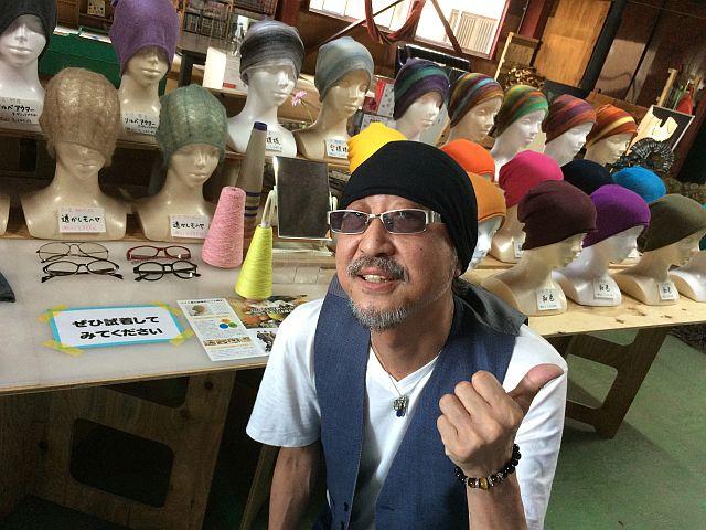夏でも被れるオールシーズンニット帽子「amuamu」ニット編み帽子 試着体験 作詞家 Shuさん