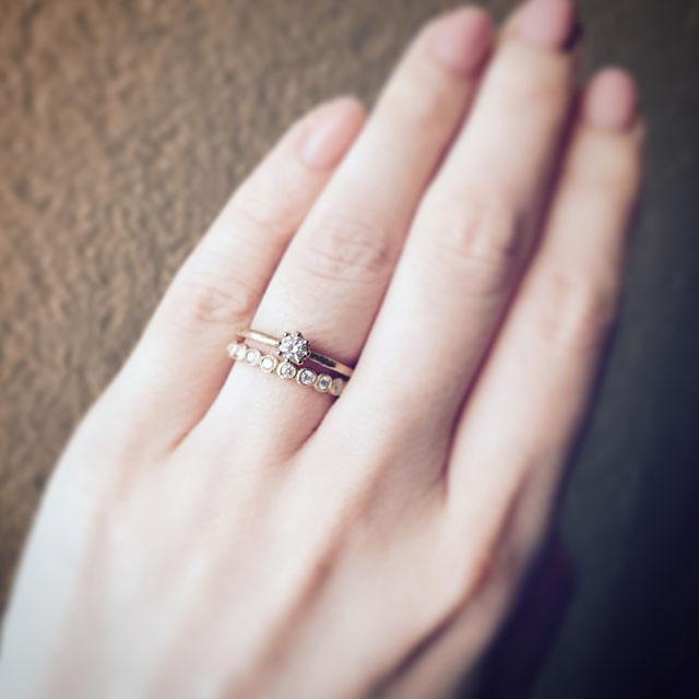 人気の婚約指輪とエタニティリング「Capri & Bloom」